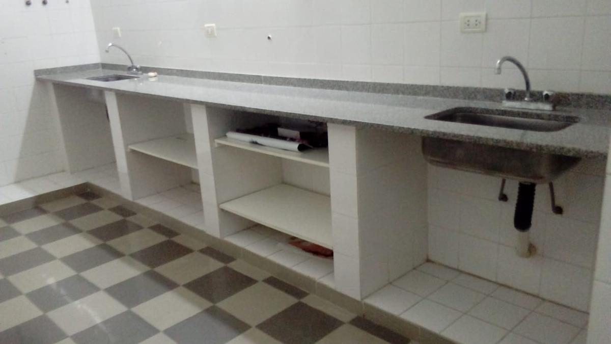 laboratorio/ consultorios
