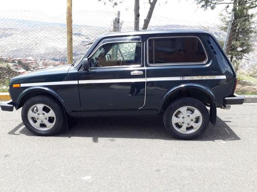 lada niva  jeep  clasico