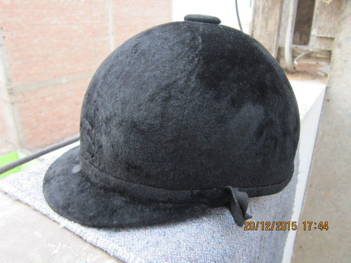 lae antiguo casco negro de equitación, kepiceria rivera