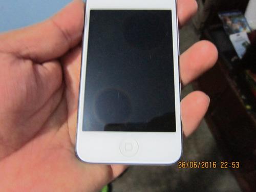lae ipod touch 4g de 32gb con detalle en pantalla
