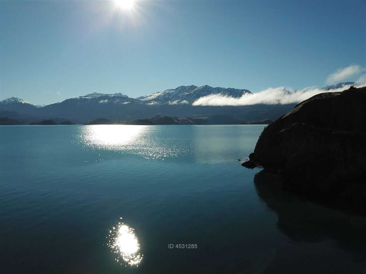 lago general carrera, puerto tranquilo