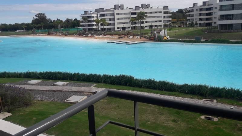 lagoon pilar 4 ambientes  con vista a la laguna