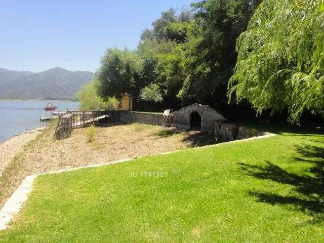 laguna de aculeo / bahía catalina