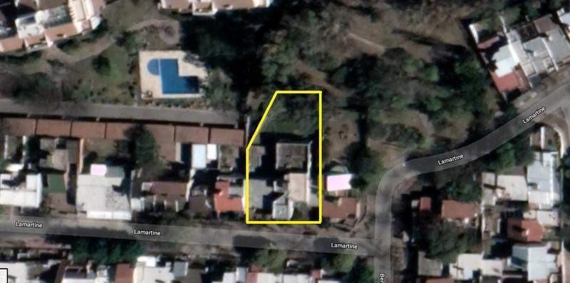 lamartine 2100 casa sobre 2 terrenos edifc a reciclar...ideal inversor