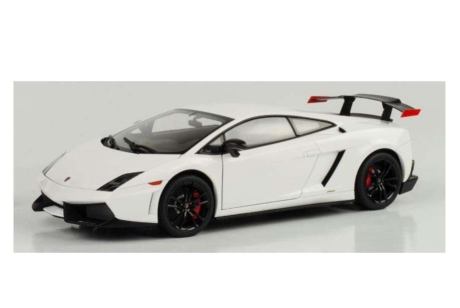 Lamborghini Gallardo Lp570 Super Trofeo Stradale Branca 1:18. Carregando  Zoom.
