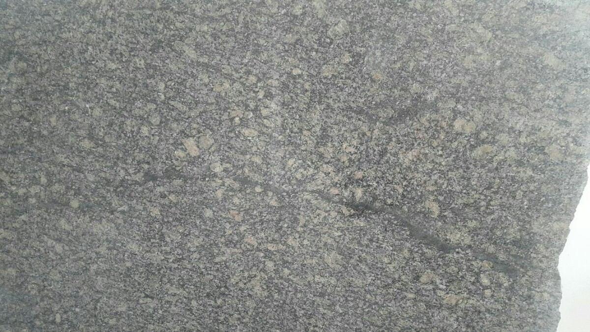 L mina de granito nacional color gris leona bs for Color gris granito