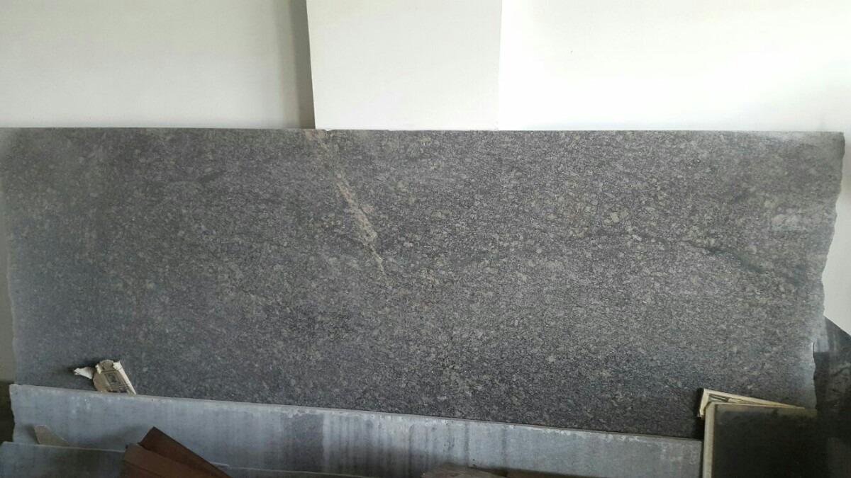 L mina de granito nacional color gris leona bs for Granito color gris
