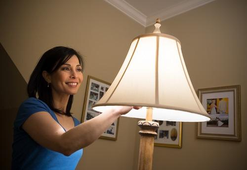 lampada led cree a19 6w, 27k, omnidirecional e dimerizável