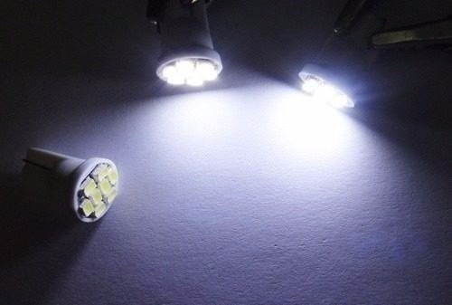 lampada pingo 8 leds super branca xenon farolete placa teto