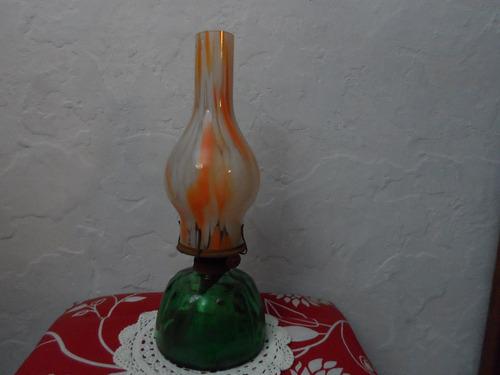 lámpara a kerosene retro