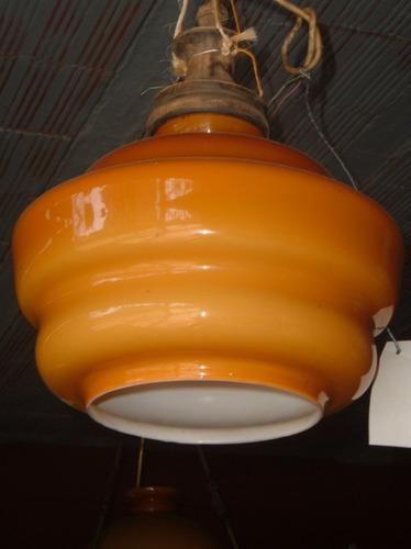 lámpara art deco de opalina muy antigua.