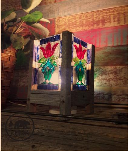 lampara  artesanal  madera rústica, simil vitraux