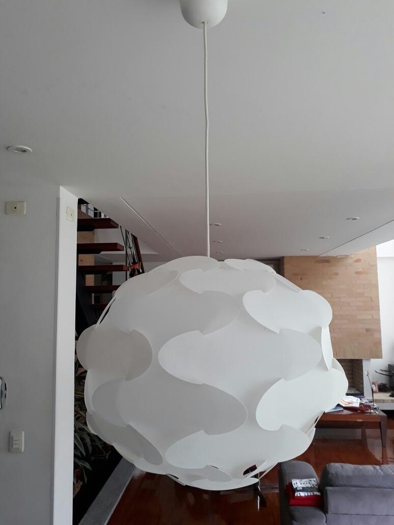 Lampara Colgante Para Sala O Comedor. De Ikea.blanca - $ 110.000