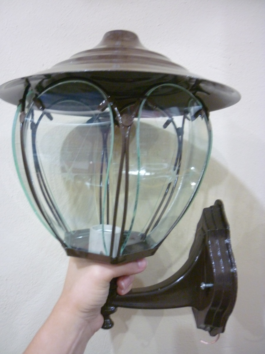 Lampara de aplique para exterior con vidrios biselados for Lampara para porche exterior