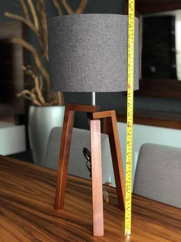 lampara de buró moderna tripie recámara minimalista