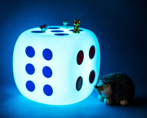 lampara de dado con control remoto de 8¨ 16 colores loftek