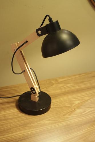 lampara de escritorio arlon  bco/ negro