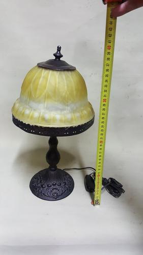 lampara de mesa francesa antigua en bronce y cristal