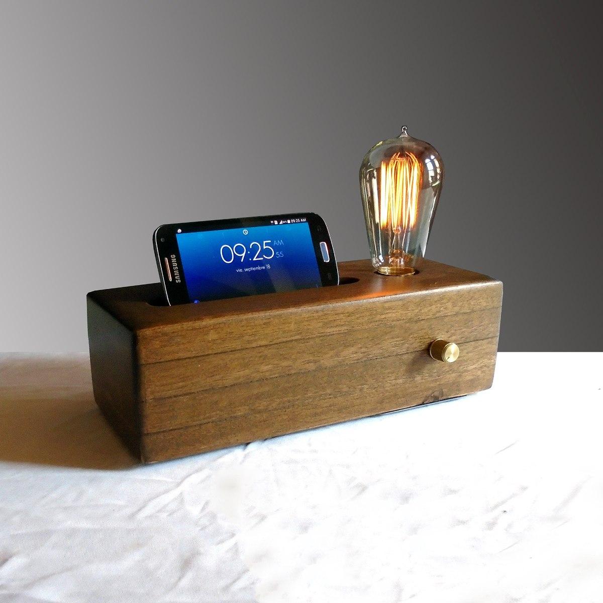Lampara de mesa porta celular nogal minimalista vintage for Lamparas para mesa de estudio