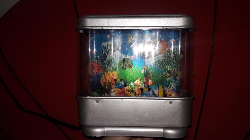 Lámpara De Peces Con Movimiento 30000