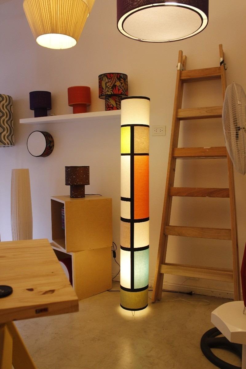 Lampara de pie artesanal fabrica de pantallas iluminacion - Lampara de pie madera ...