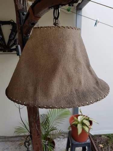 lámpara de pie estilo campo