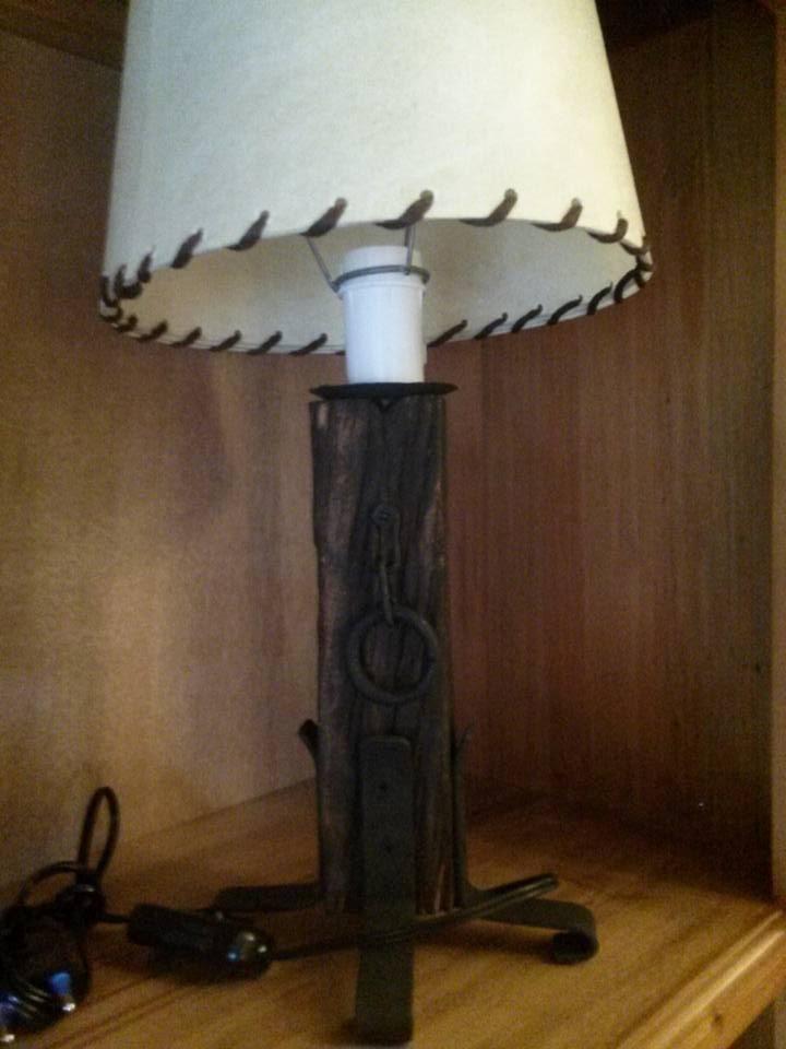 Lampara de pie pique hierro fabrica iluminacion pantalla - Iluminacion lamparas de pie ...