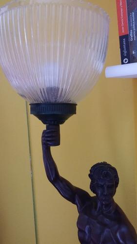 lampara de resina para rincón del hogar