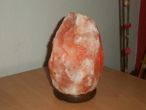 lampara de sal del himalaya tratada enérgicamente