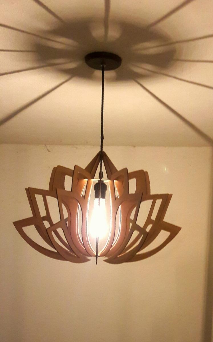 L mpara de techo dise o moderno en madera interiores - Lamparas de interiores ...