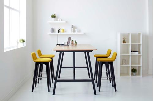 lámpara escritorio sarli autónoma flexible usb blanco negro