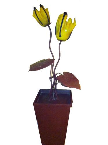 lampara floral en hierro forjado  pantalla de vidrio sp0