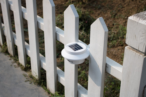 lampara led de jardin con panel de luz solar recargable
