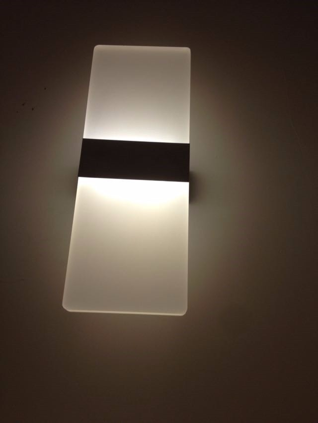 Lampara led decorativa de pared exterior luz blanca vidrio for Lampara exterior pared