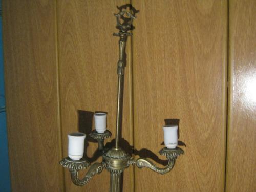 lampara pie en bronce macizo 1.70 mts 3 luces
