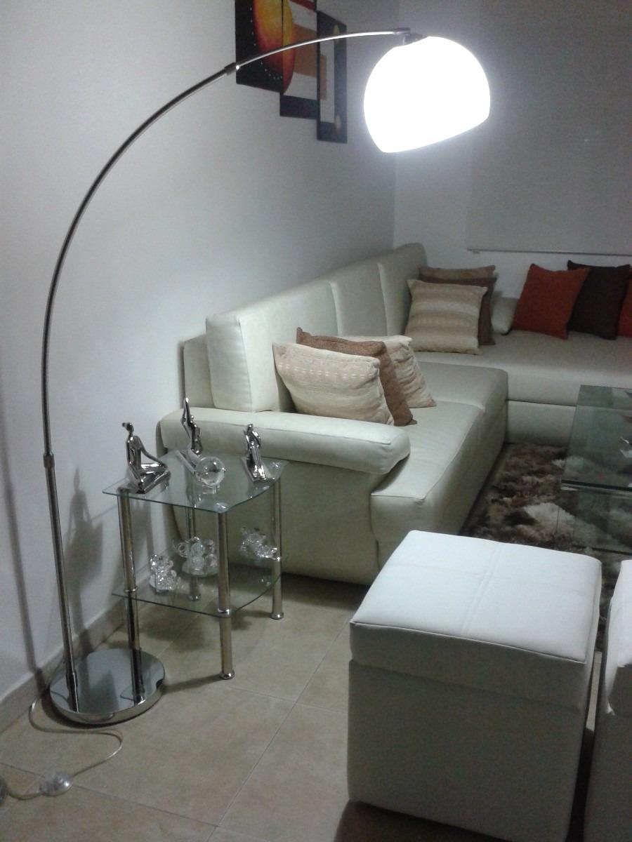 Lampara pie pedestal decorativa moderna bs for Luces modernas
