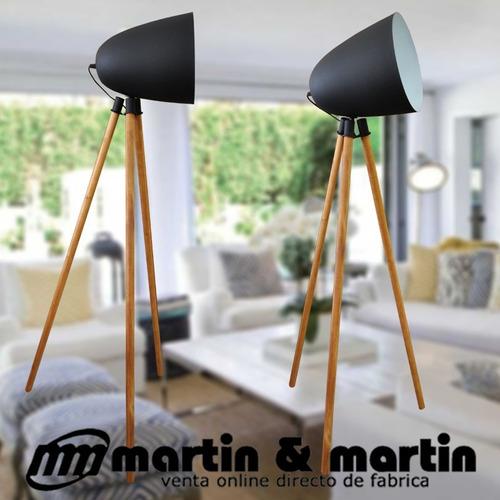 lampara pie tripode negro escandinavo madera martin & martin