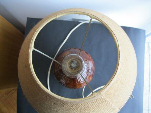 lampara portatil de mesa muy antigua  porcelana forma porron