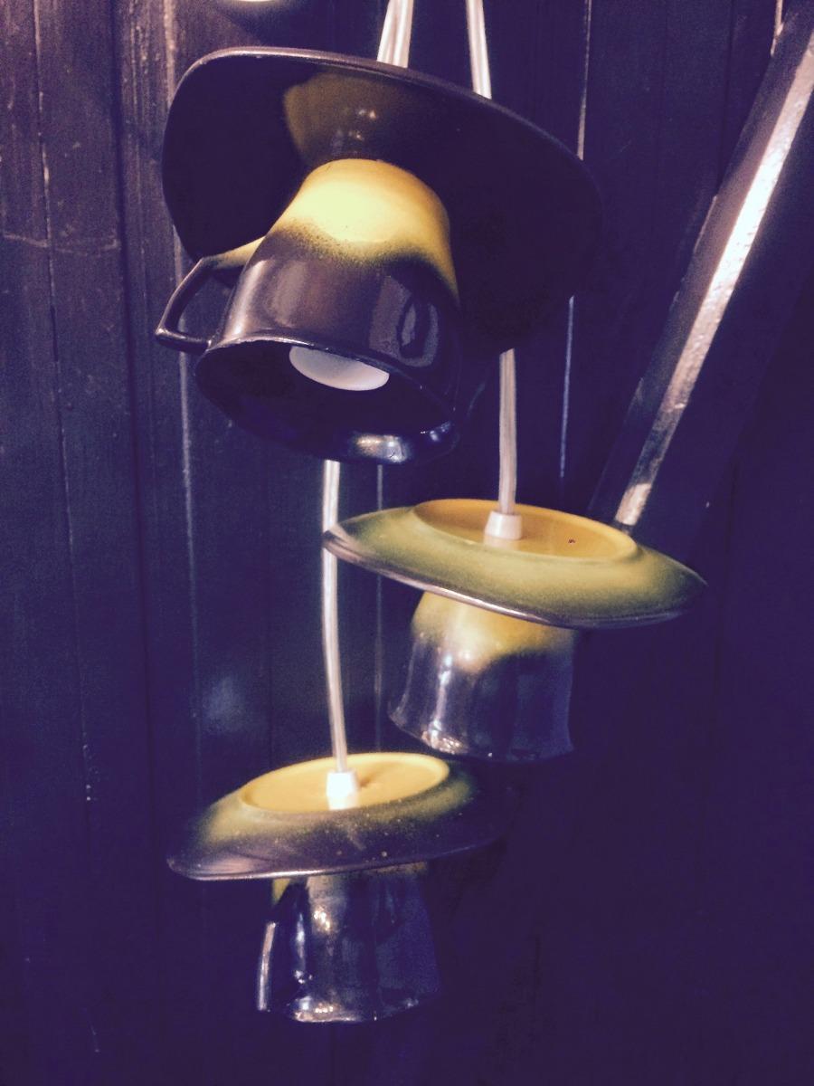 L mpara reciclada colgante decoraci n cafeter a tazas - Lamparas para cafeteria ...