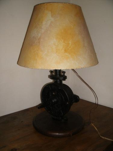 lampara rustica artesanal bomba de agua
