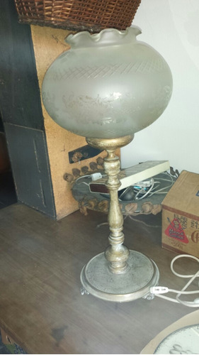 lámpara  victoriana de mesa