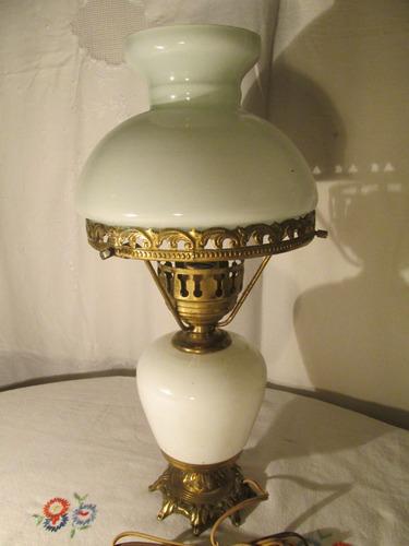 lámparas de bronce con opalina