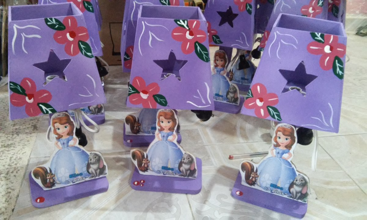 Lamparas infantiles princesa sofia centros mesa infantiles - Lamparas de pared infantiles ...