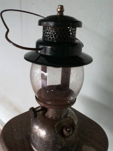 lampião antigo funcionando perfeito,todo origina (only wood)