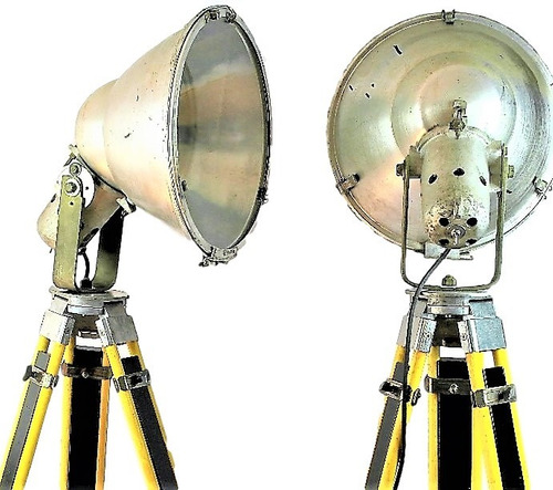 lampra vintage reflector teatro industrial tripie topografi