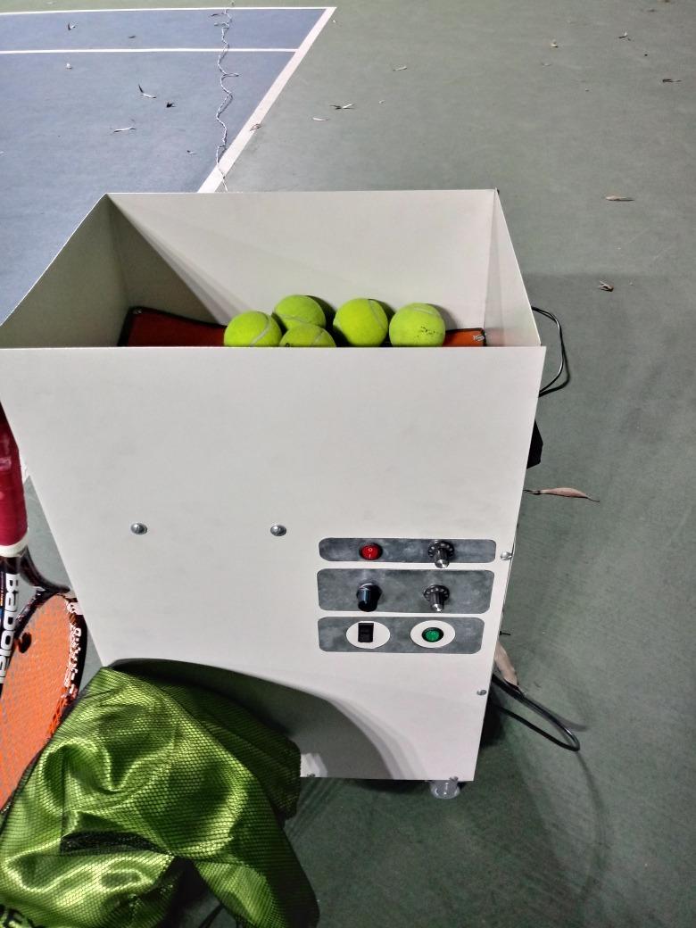 lançadora de bolas de tênis (protótipo) leia a descrição. Carregando zoom. 691932fdb26b4