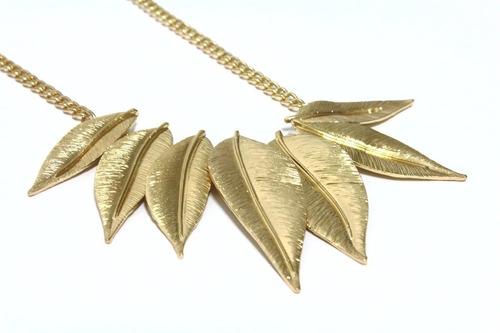 lançamento lindo maxi colar feminino dourado folhas douradas