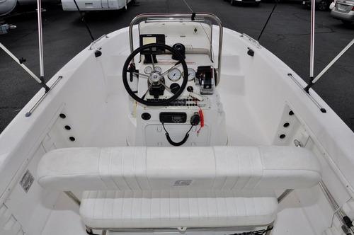 lancha 2011 carolina skiff 1800 cc