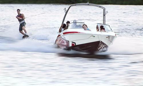 lancha classer 206 flyer open con evinrude 150 hp