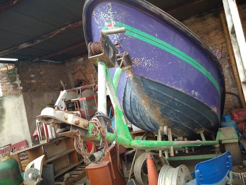 lancha con motor de 40 yamaha y trineo para cargar